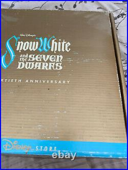 1997 Disney 60th Snow White Magic Mirror on the Wall Evil Queen 3D Plate LE