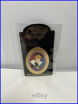 Disney Auctions Eric Robinson Portrait Evil Queen LE 100 Pin Snow White Old Hag