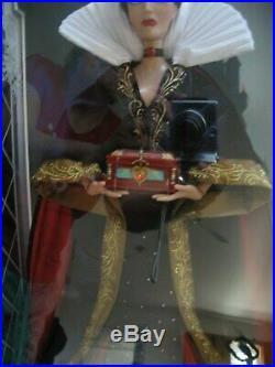 Disney Designer Limited Edition of 4000 Evil Queen (Snow White) Doll NIB