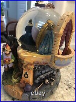 Disney Glitter Snow Globe Talking Magic Mirror Evil Queen Snow White With box