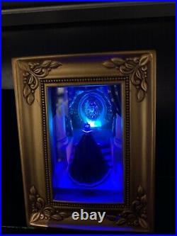 Disney Olszewski Gallery of Light Snow White Evil Queen at the Mirror. NWB