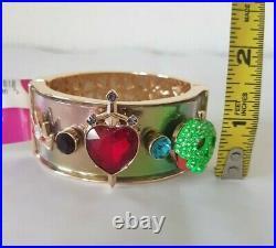 Disney Parks x Betsey Johnson EVIL QUEEN Cuff Bangle Bracelet Snow White NEW