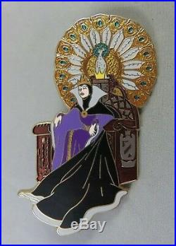 Disney Shopping Store Pin Jumbo Villain The Evil Queen Peacock Throne Snow White