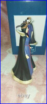 Disney Showcase Snow White Evil Queen Precious moments traditional villain boxed