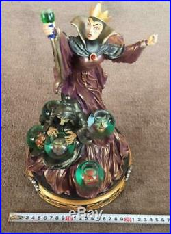 Disney Snow White Figure Queen Evil Queen Snow Globe Free/S From Japan. (784M)