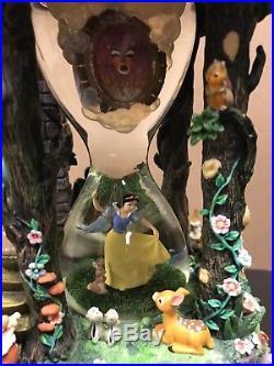 Disney Snow White Seven 7 Dwarfs Evil Queen Hourglass Snow Globe Sound Lights