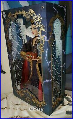 Disney Store Snow White & 7 Dwarfs Limited Edition Evil Queen Doll New LE