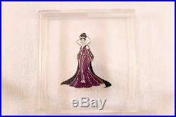 Evil Queen Designer Villan Pin Disney Store Le 200 Graded 8.9