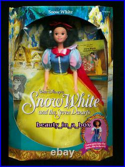 Evil Queen Great Villains Snow White Doll and the Seven Dwarfs & 7 Disney Lot 9