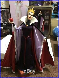 Evil Queen Snow White Sideshow Collectibles Premium Format Statue