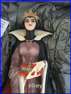 Giuseppe Armani/Walt Disney Snow Whites Evil Queen (1510C) Brand New, In Box