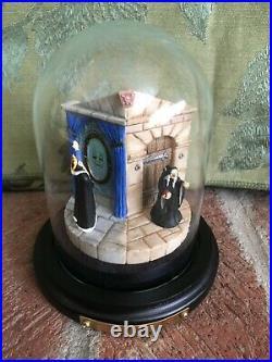 Goebel Disney Miniature Figurine Snow White Villains Evil Queen Limited Edition