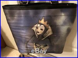 Harveys Disney Good Vs. Evil Snow White/Evil Queen Seatbelt Tote Bag