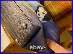 Harveys Disney Snow White & Evil Queen Good Vs. Evil Bag Carriage Ring Tote CRT