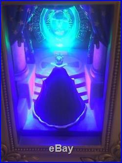 New Disney Gallery of Light Olszewski Evil Queen Magic Mirror Snow White NIB