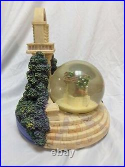 Rare Disney Snow White and Evil Queen Musical Snow Globe with original box