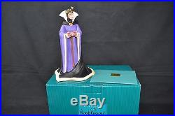 WDCC Classics Collection Snow White Evil Queen Bring Back her Heart