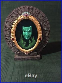 WDCC Snow White Evil Queen Magic Mirror Martine Millan Event Version
