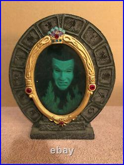 WDCC Snow White Evil Queen Magic Mirror Martine Millan Version